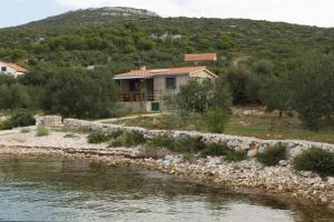 obrázek - Seaside house for families with children Cove Sveti Ante bay - Sveti Ante (Pasman) - 8499