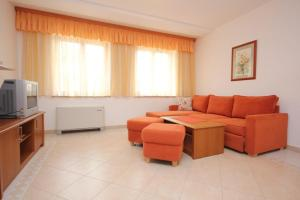 Apartment Cres 7985f