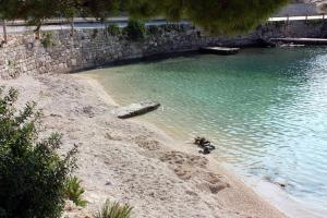 Seaside house with a swimming pool Sumartin (Brac) - 2931