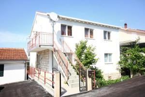 Apartment Trpanj 10083a