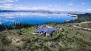 Pukaki Lakeside Getaway Villa