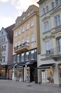 Apartmany U Divadla, Ferienwohnungen  Karlsbad - big - 22