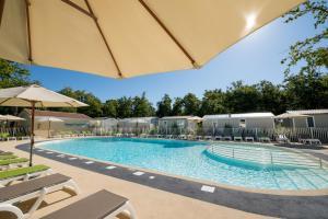 Location gîte, chambres d'hotes Camping Les Chèvrefeuilles dans le département Charente maritime 17