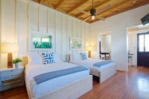 Mahogany Bay Resort & Beach Club, Curio – A Collection by Hilton (25 of 33)