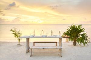 Mahogany Bay Resort & Beach Club, Curio – A Collection by Hilton (30 of 33)