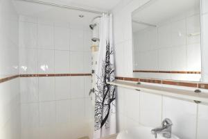 Coloc dans Villa d'Architecte - Air Rental, Bed & Breakfast  Montpellier - big - 28