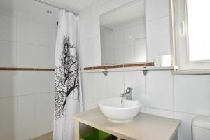 Coloc dans Villa d'Architecte - Air Rental, Bed & Breakfasts  Montpellier - big - 12