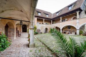 Geyer-Schloss Reinsbronn - Creglingen