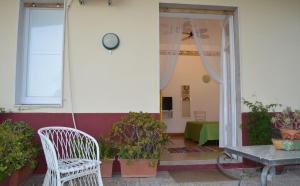 Pupi Catania Etna B&B, Bed & Breakfast  Aci Castello - big - 75