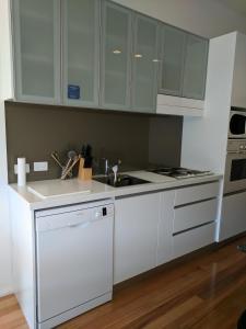 Meriam Bed and Breakfast and Explore Tasmania with Meriambb, Bed & Breakfasts  Hobart - big - 42