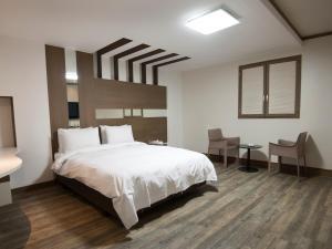 Hotel Tate, Hotely  Suwon - big - 11
