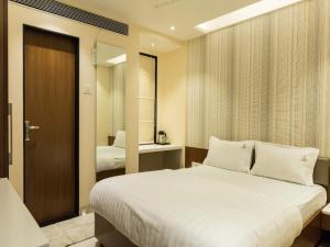 Hotel Sangat Regency, Hotels  Bhopal - big - 40