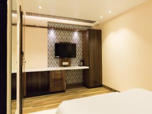 Hotel Sangat Regency, Hotels  Bhopal - big - 55
