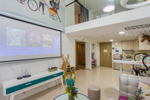 Family Kids Loft Homestay Near Subway Changlong, Apartmány  Kanton - big - 7