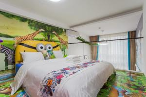 Family Kids Loft Homestay Near Subway Changlong, Apartmány  Kanton - big - 31