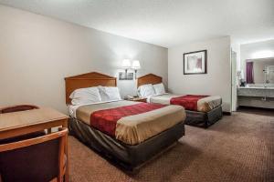 Econo Lodge Brownsville, Motel  Brownsville - big - 2