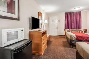 Econo Lodge Brownsville, Motel  Brownsville - big - 6