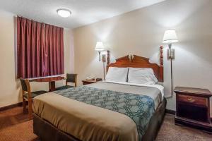 Econo Lodge Brownsville, Motel  Brownsville - big - 7