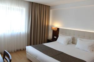 Hotel O Gato, Отели  Одивелаш - big - 68
