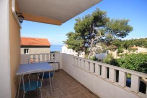 Apartments by the sea Ivan Dolac, Hvar - 8782