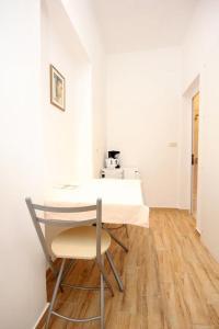 Studio Dubrovnik 9077a, Apartments  Dubrovnik - big - 9
