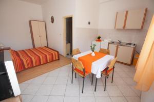 Studio Bibinje 11074b, Apartments - Bibinje
