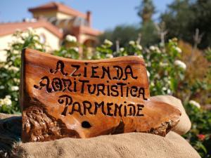 Parmenide - AbcAlberghi.com