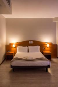 Excel Hotel Roma Ciampino, Szállodák  Marino - big - 28