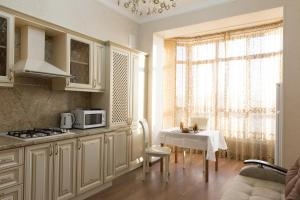 Апартаменты на Аллее Строителей - Imeni Rozy Lyuksemburg