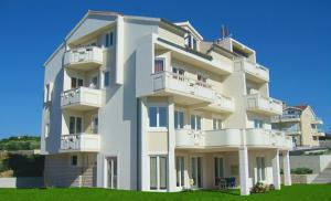 Apartments Mirage, Apartments  Novalja - big - 75