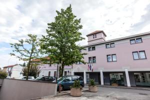 Best Western Plus Borgolecco Hotel, Hotely  Arcore - big - 17