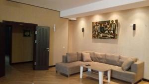 Апартаменты Диляры Алиевой, 237, Баку