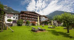 Hotel-Pension Rotspitz - Maurach am Achensee