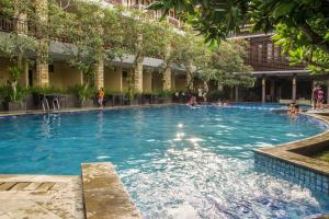 Auberges de jeunesse - Surya Kencana Seaside Hotel