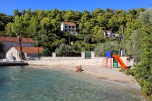 Apartments by the sea Brna (Korcula) - 9147