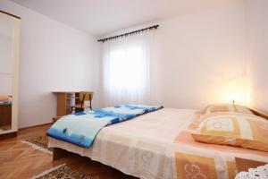 Apartment Vinisce 10006a, Ferienwohnungen  Vinišće - big - 23