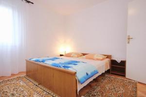 Apartment Vinisce 10006a, Ferienwohnungen  Vinišće - big - 30