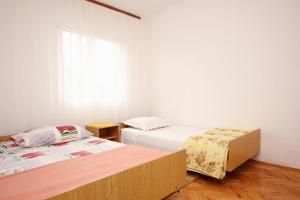Apartment Vinisce 10006a, Ferienwohnungen  Vinišće - big - 46
