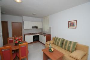 Apartment Mastrinka 11192d - Чиово