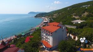 Курортный отель Черномор, Широкая Балка