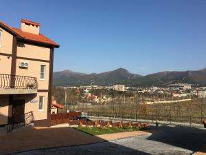 Hotel Chernomorsky Complex of Townhouse, Hotely  Kabardinka - big - 23