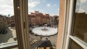Unique Market Square View