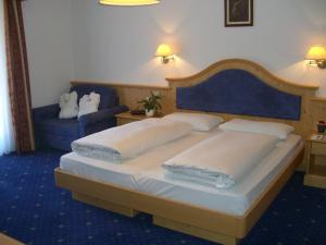 Hotel Cristallo, Hotels  Dobbiaco - big - 41