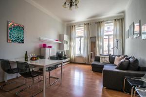 Modern Cozy Apartment by Ruterra - Prag