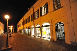 Porta Medievale del Campo - AbcAlberghi.com