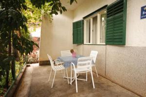 Apartment Tribunj 7117b, Appartamenti  Tribunj (Trebocconi) - big - 18