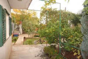 Apartment Tribunj 7117b, Appartamenti  Tribunj (Trebocconi) - big - 20