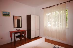 Apartment Tribunj 7117b, Appartamenti  Tribunj (Trebocconi) - big - 21