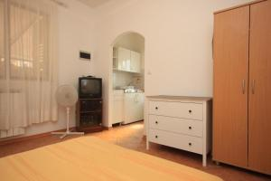 Studio Novigrad 7121a, Apartmány  Novigrad Istria - big - 19