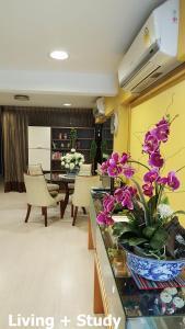 Cozy - Bangkok